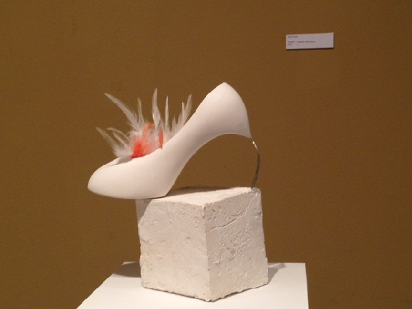 Escultura Zapato Tenedor Técnica : Escayola
